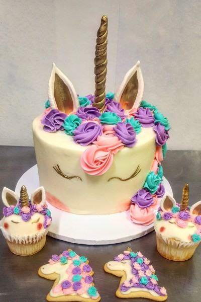 unicorn cake | Rebecca | Digital Drawing | PENUP