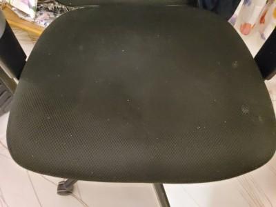 mah poor chair  | Ari_Uzamaki | Digital Drawing | PENUP